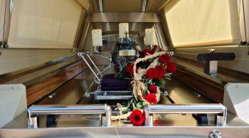 Pogrzeby i kremacje